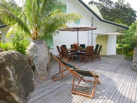H tel seychelles villa kordia partir de 75 for Villa jardin seychelles