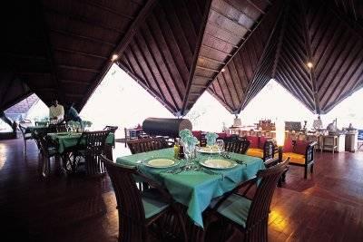 Voyage de noces package mariage new emerald cove for Reserver hotel pour ce soir